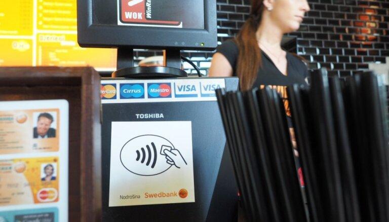 'Swedbank' ievieš norēķinus ar mobilo tālruni