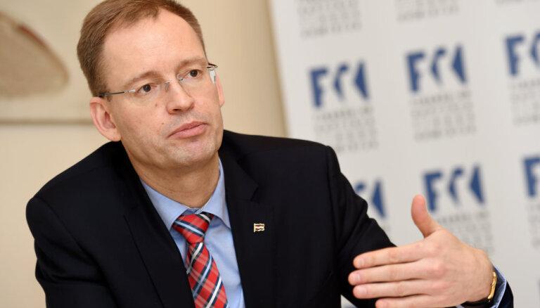 KNAB pārbauda bijušā FKTK vadītāja Zakuļa nonākšanu 'Luminor Bank' valdē