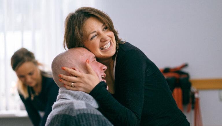 Жить, а не жертвовать собой. Как живут рок-музыкант Роланд Удрис и его жена Илона