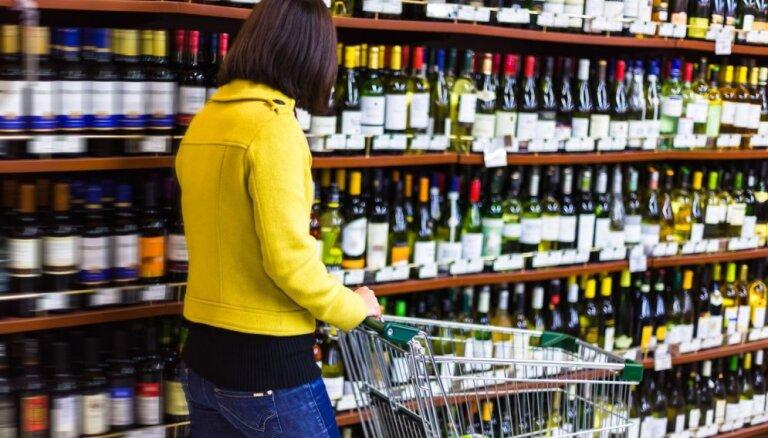 Lietuvā personas dokumenti tiks prasīti visiem alkohola pircējiem