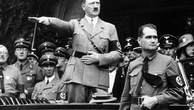 ФБР рассекретило данные о бегстве Гитлера в Аргентину