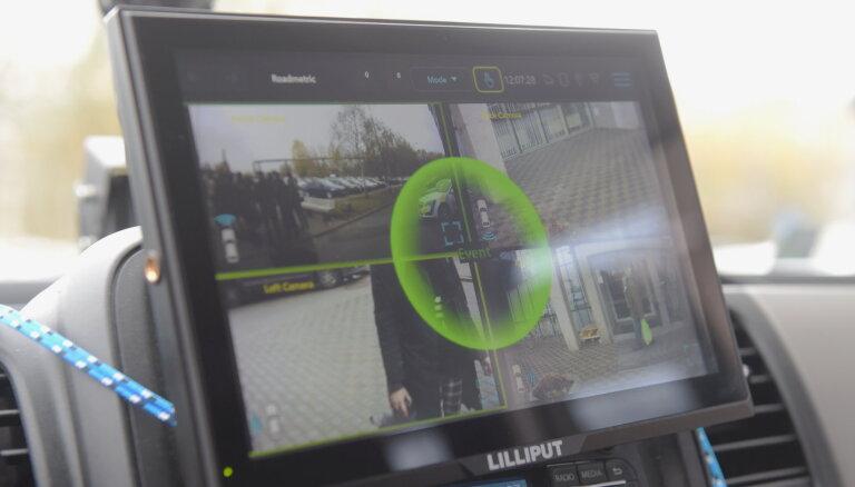 """""""Мобильный участок полиции"""" от латвийского разработчика: в режиме 360 градусов полиция видит, кто проехал на красный"""