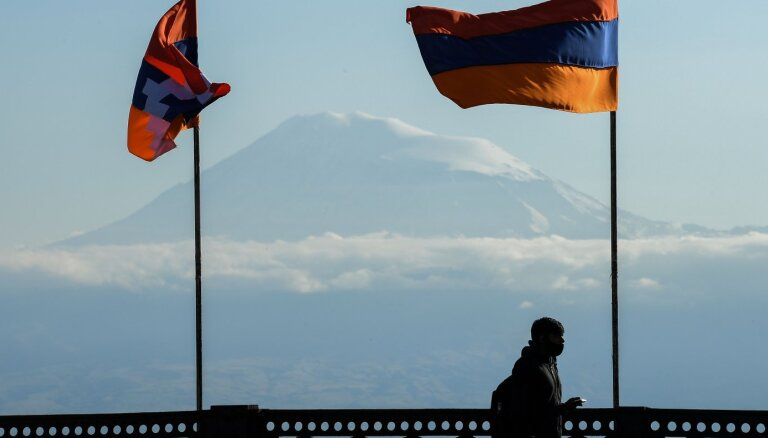 Armēnijas aizsardzības ministrs iesniedzis atlūgumu