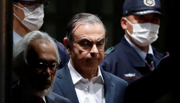 Gosns atbrīvots no apcietinājuma pret četru miljonu eiro drošības naudu