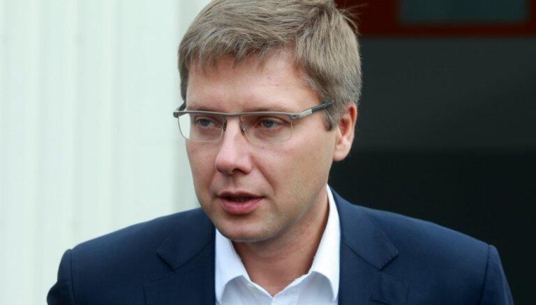 Rīgas domes opozīcija mēģinās atlaist Ušakovu