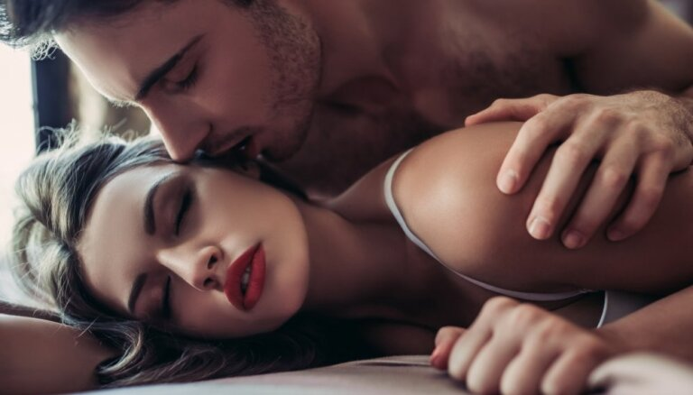 Ученые: женщины теряют интерес к сексу быстрее мужчин
