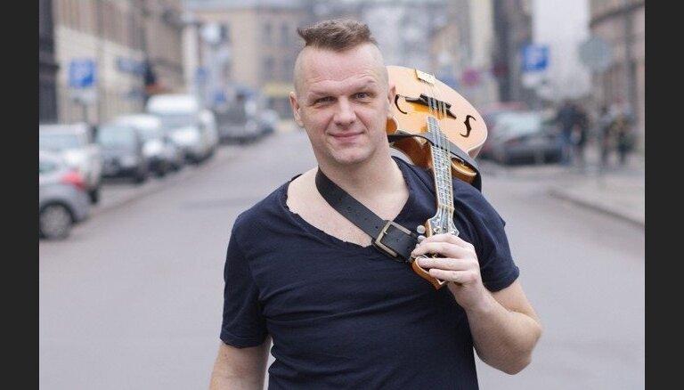 Mūziķis un ekspedagogs Juris Kaukulis: skolotājs var būt bērna elks