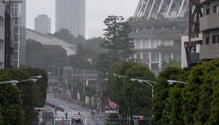 Vētra ietekmē kalendāru, bet būtiski neietekmēs Tokijas spēļu norisi