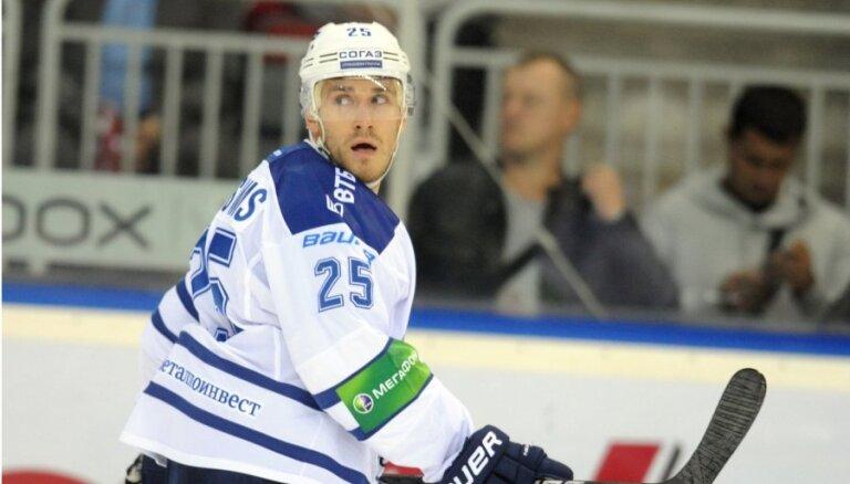 Karsuma kārtējais vārtu guvums ļauj Maskavas 'Dinamo' tikt pie kārtējās uzvaras