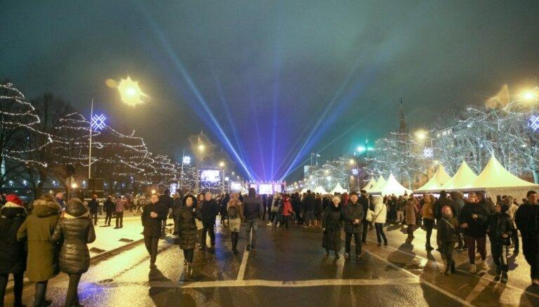 Рижская дума приглашает встретить Новый год на набережной