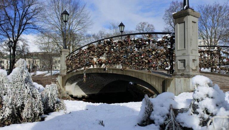 Foto: Marta rīts pēc snigšanas Rīgā – aculiecinieka acīm