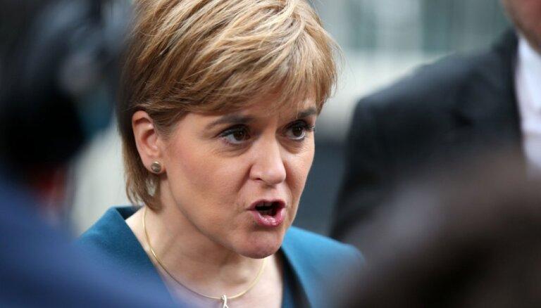 Skotijas līdere vīlusies sarunās ar Meju
