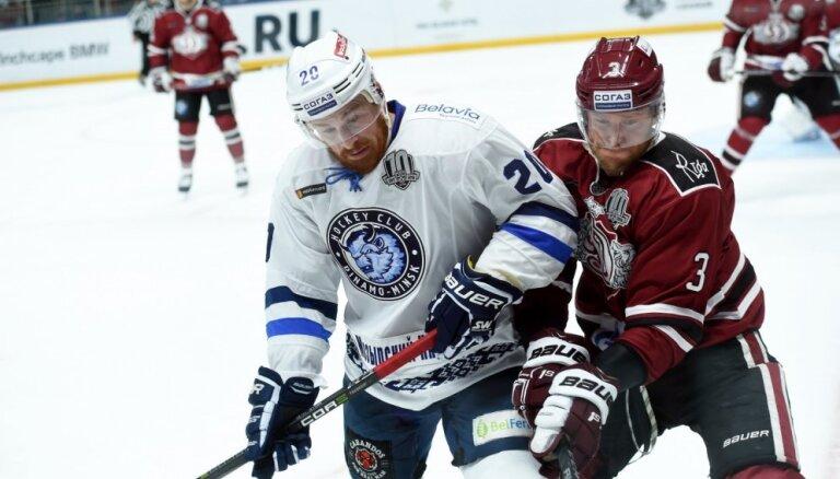 Rīgas 'Dinamo' aizsargs Stolerijs: esam vīlušies