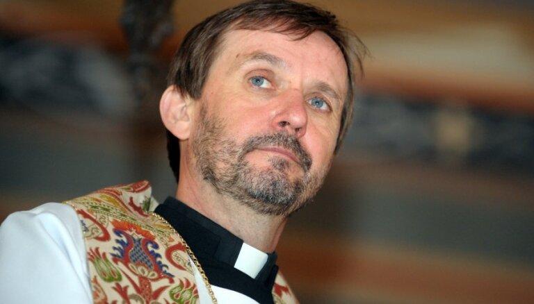 Jānis Vanags: Raudzīties uz Augšāmcelto apustuļu acīm