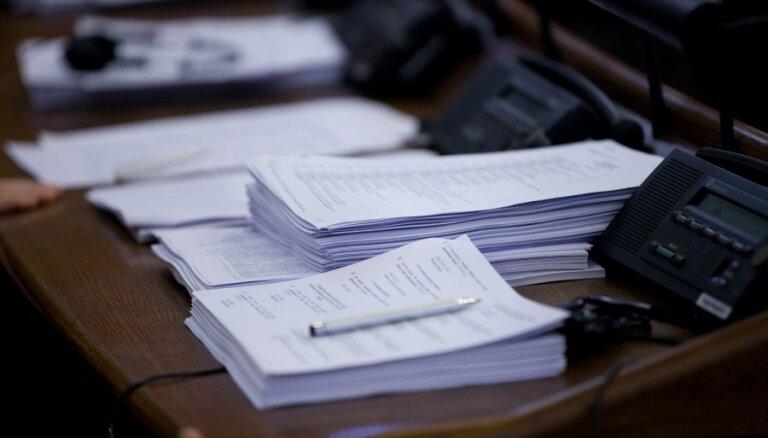 Saeimā par Fiskālās disciplīnas likumprojektu joprojām daudz neskaidrību
