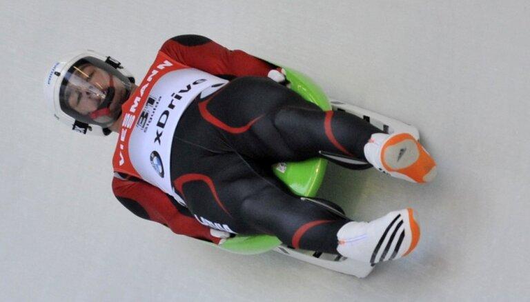 Aparjods sniegotajā Altenbergā izcīna septīto vietu Pasaules kausa posmā