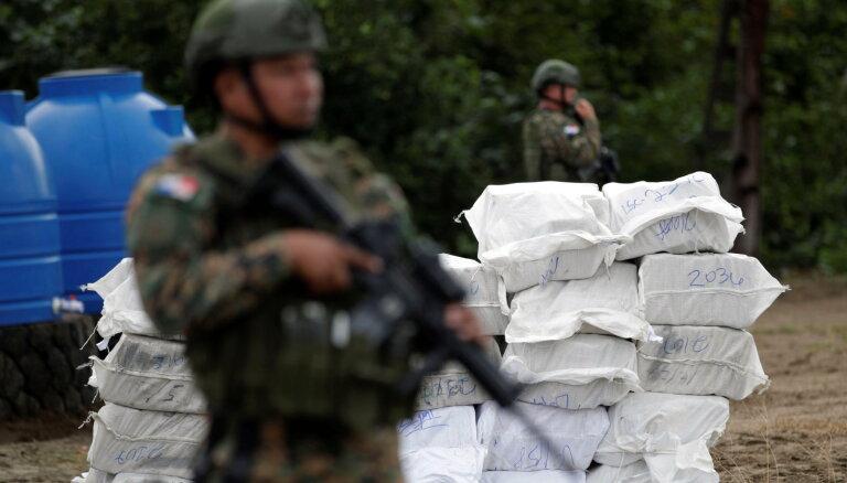 Kokaīna fabrika Kolumbija iepaliekot kaimiņiem narkotiku eksportā uz Eiropu