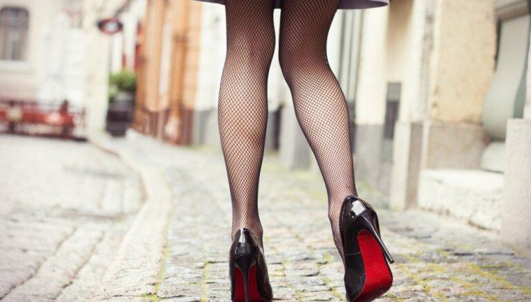 8 фактов о том, как правильно стирать женские колготки