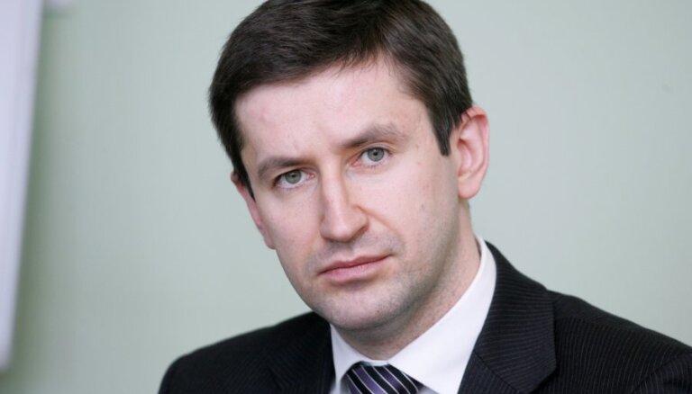 Домбровский предложил развивать газохранилище в Добеле