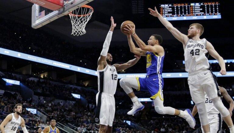 Dāvis Bertāns palīdz 'Spurs' uzvarēt NBA čempioni 'Warriors'; Dairim trīs punkti Dalasā
