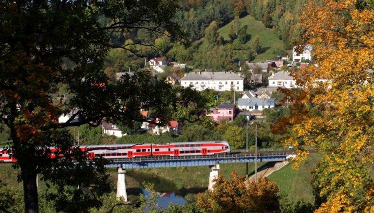 С конца сентября будет курсировать поезд, который объединит 4 столицы