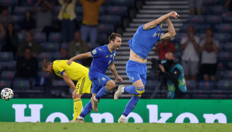 Впервые в четвертьфинале: сборная Украины в овертайме вырвала победу у Швеции