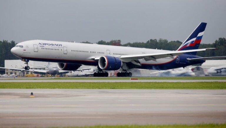 Dzēruša pasažiera dēļ lidmašīna Krievijā spiesta veikt ārkārtas nolaišanos