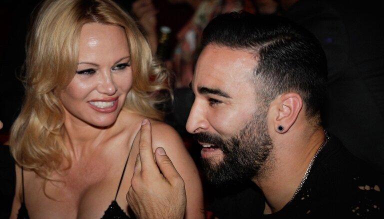 Ar publisku skandālu izjūk Pamelas Andersones un franču futbolista attiecības