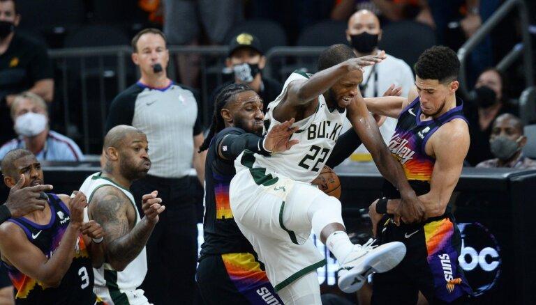 'Bucks' nonāk vienas uzvaras attālumā no sava otrā NBA čempiontitula