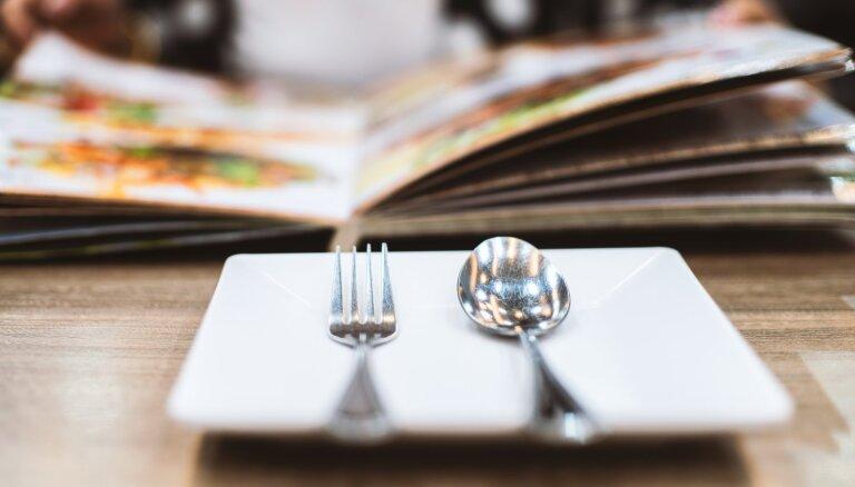 Kāpēc pievērst uzmanību laikam, kad ēdam, un kā aizstāt izlaistu maltīti