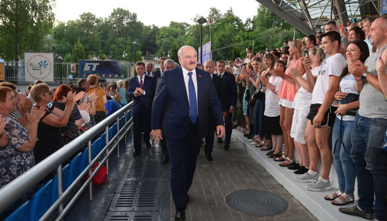 Kamēr Cihanouska viesojas ASV, Baltkrievijas NVO piedzīvo 'melno nedēļu'