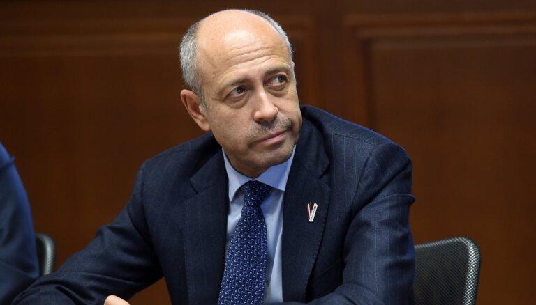 Решение о передаче полномочий мэра Риги Бурову Ушаков подписал ещё до отставки
