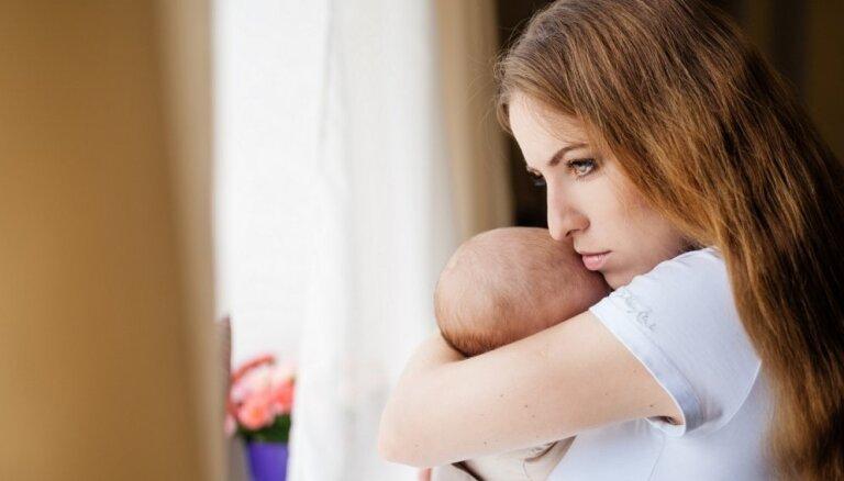 Četri izaicinājumi, ar kuriem sastopas lielākā daļa jauno māmiņu