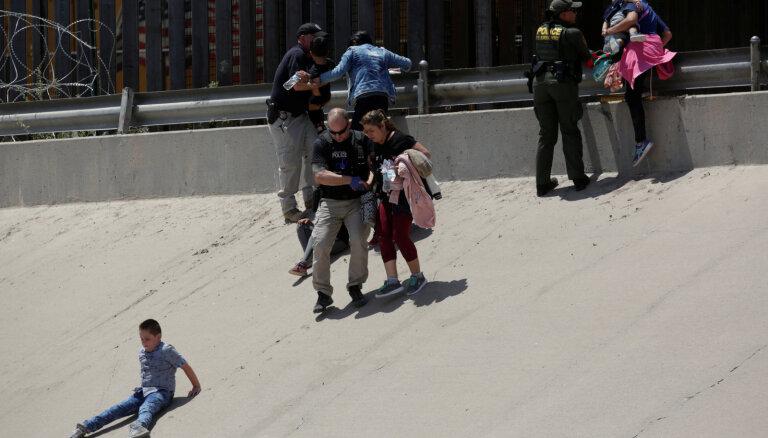 Власти США вводят новые правила депортации мигрантов. Высылать их теперь можно без суда