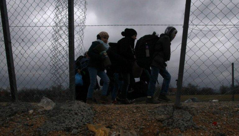 """Мэр Ропажи : """"тюрьму"""" для нелегальных иммигрантов нужно строить у границы, а не в Муцениеки"""