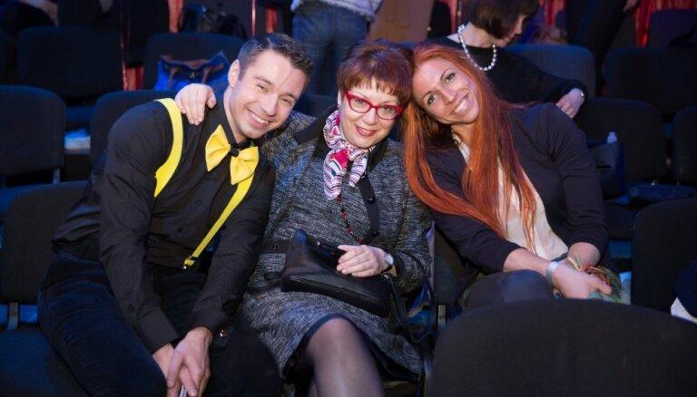 Deju šova kaislību dēļ Sokolovu pametusi draudzene