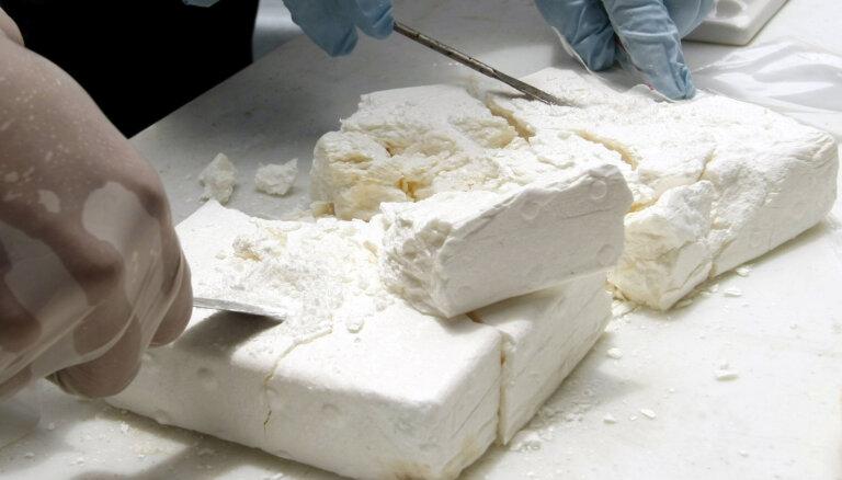 Kostarikā atrod piecas tonnas kokaīna, kas bijis ceļā uz Nīderlandi