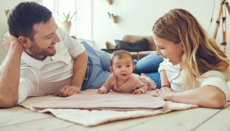 Svarīgie jautājumi par zīdaiņiem, kas nodarbina jauno vecāku prātus