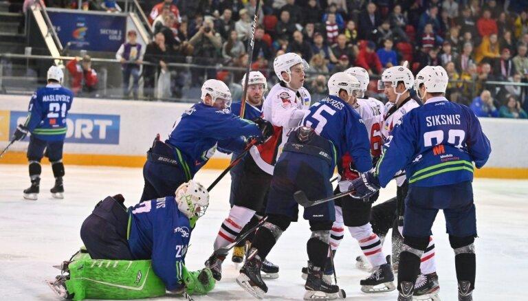 'Mogo' trillerī nepārvar IIHF Kontinentālā kausa otro kārtu