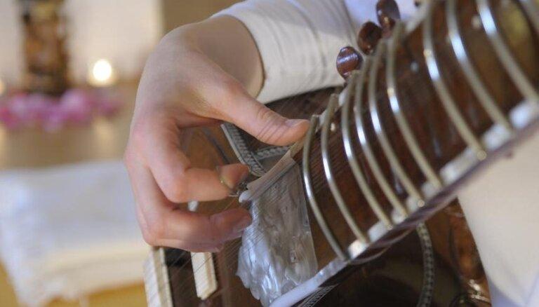Uzklausot iebildumus, IZM jaunajā standartā atstāj līdzšinējo mūzikas mācību stundu skaitu