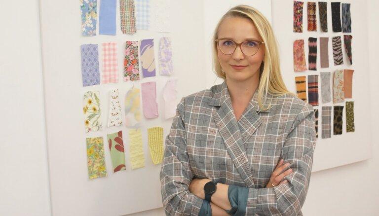 'Paade mode': karjeras kūlenis no augsta amata bankā līdz bērnu apģērbu biznesam