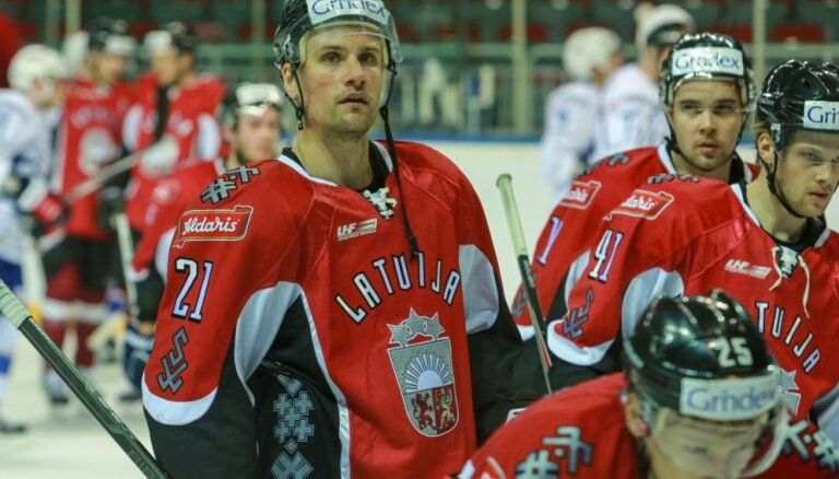 Latvijas hokeja izlase atkārtoti spēkojas Franciju