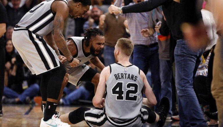 Sanantonio 'Spurs' treneris Popovičs slavē Bertānu: viņam netrūkst nekaunības