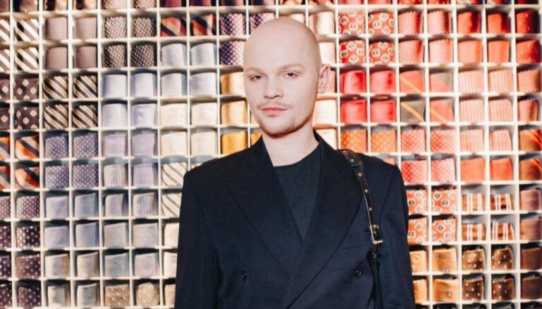Modelis Jaroslavs Barišņikovs influencerus sauc par 'salašņu nišu'