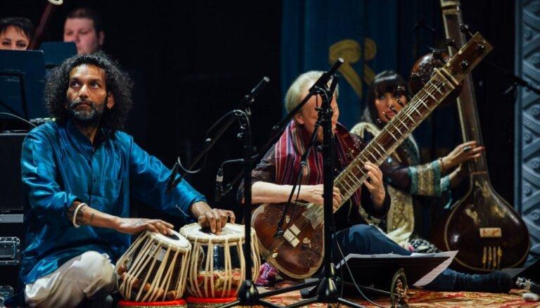 Pastkartīte no Indijas. Orķestra 'Rīga' koncerta recenzija