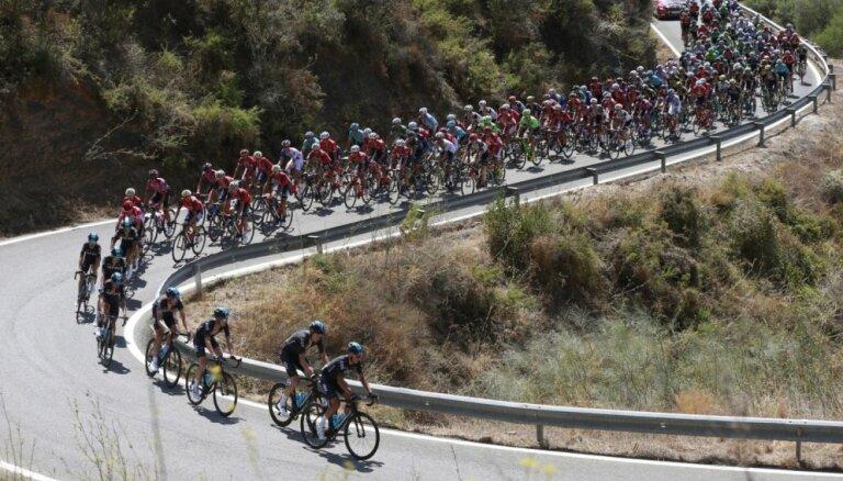 Plānotie 'Vuelta a Espana' Portugāles posmi noritēs Spānijas rietumos
