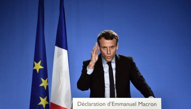 Bijušais Francijas ekonomikas ministrs Makrons oficiāli pieteicis kandidatūru prezidenta vēlēšanām