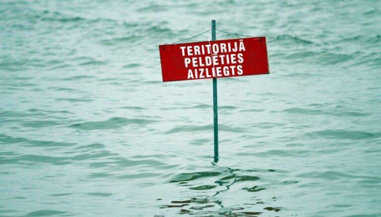 Piesārņojuma dēļ aizliegts peldēties peldvietā 'Rumbula'