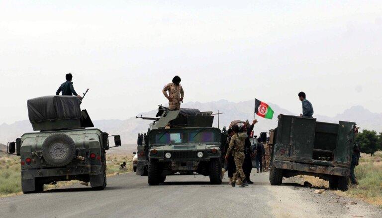 Afganistānā talibu uzbrukumā nogalināti astoņi vēlēšanu komisijas darbinieki