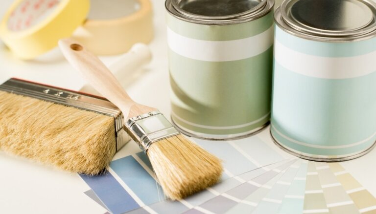 Kā izvēlēties un nekļūdīties, pērkot krāsu dažādām telpām